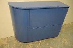 Синяя, глянцевая тумба с выдвижными ящиками и радиусной дверкой