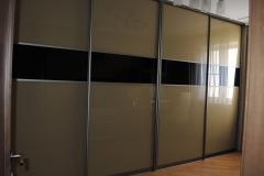 встроенный шкаф купе с откидной кроватью бокового крепления