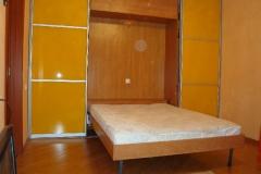 шкаф-купе со встроенной кроватью