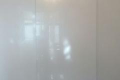 шкаф из белого глянца